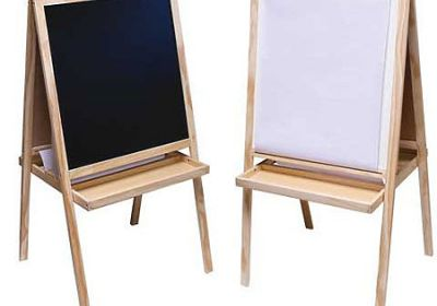 Child's easel AA