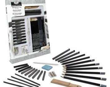Essentials Sketching Set 28 piece